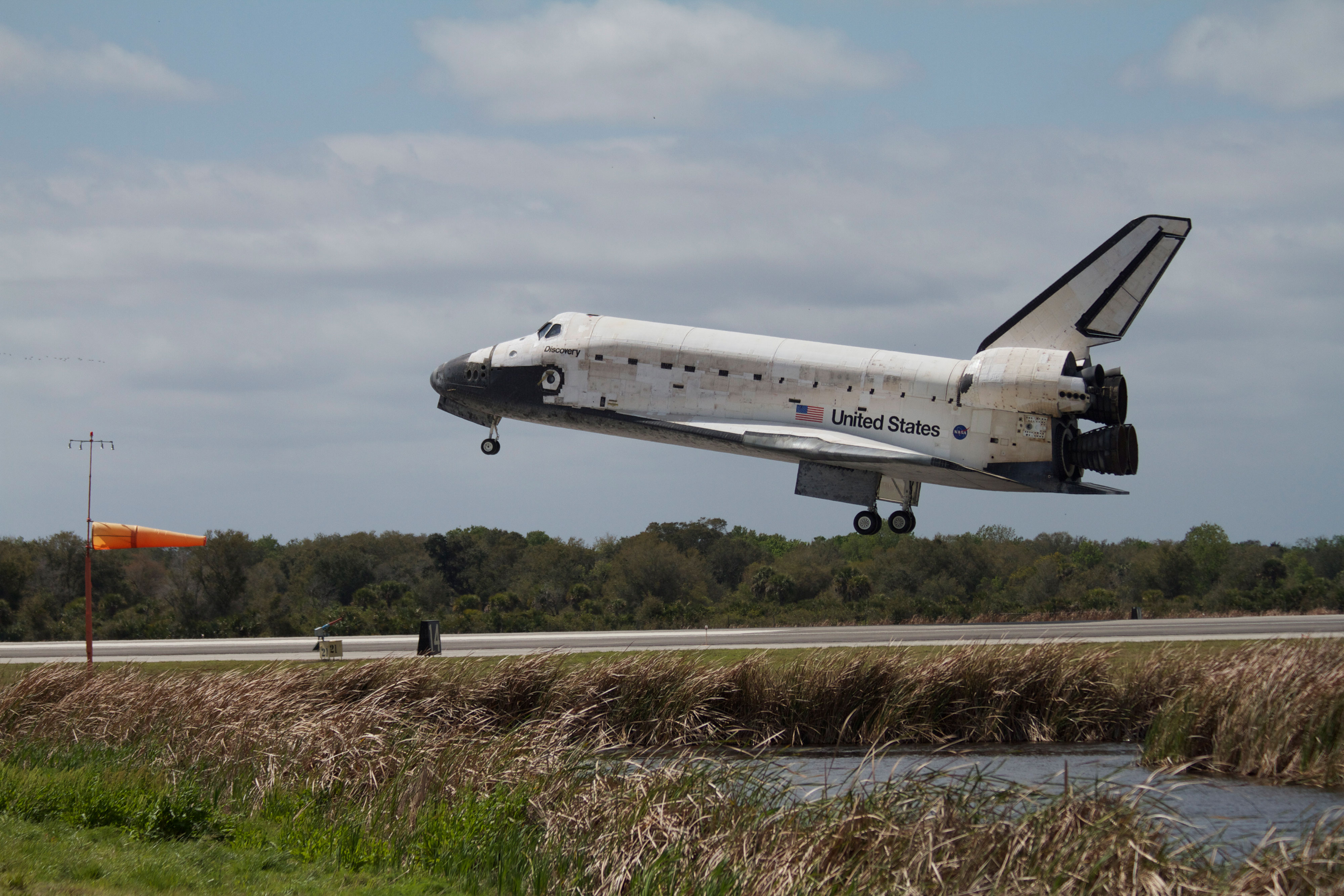 Space Shuttle Discovery nears touchdown at NASA's Kennedy Space Center in Florida. Landing was at 11:57 a.m. (EST) on March 9, 2011, completing a more than 12-day STS-133 mission to the International Space Station. Photo: Chase Clark