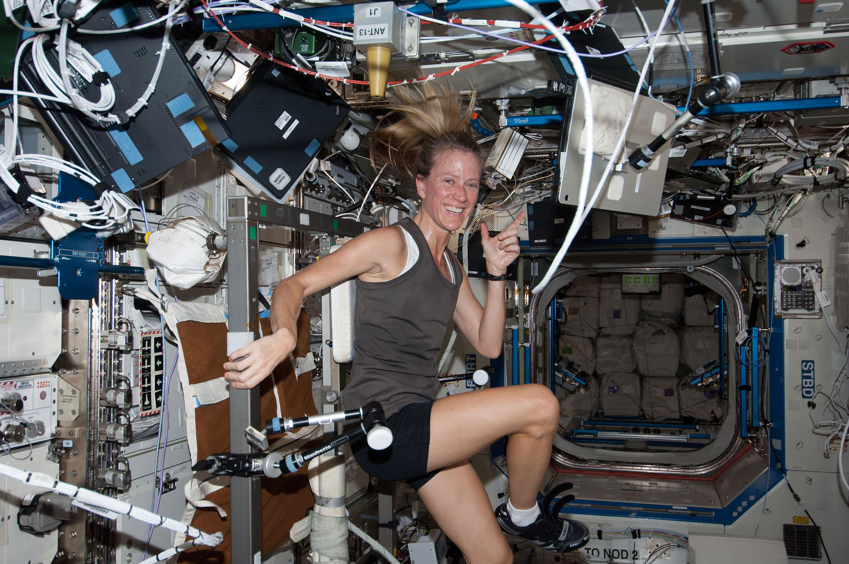can astronauts exercise in space - photo #21