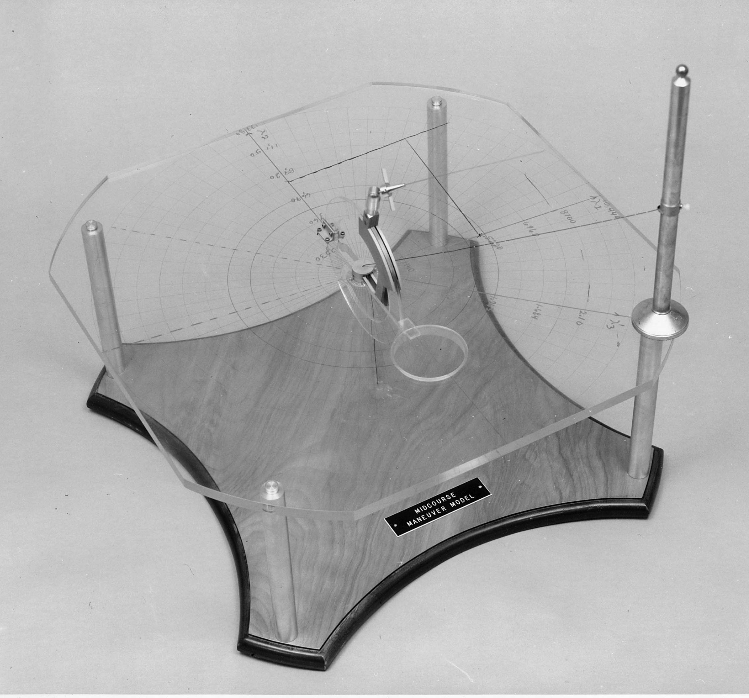 The Ranger Manoeuvre Model, designed by Kohlhase and Curkendall, used to check mid-course corrections on early unmanned flights to the Moon. Credit: Charles Kohlhase