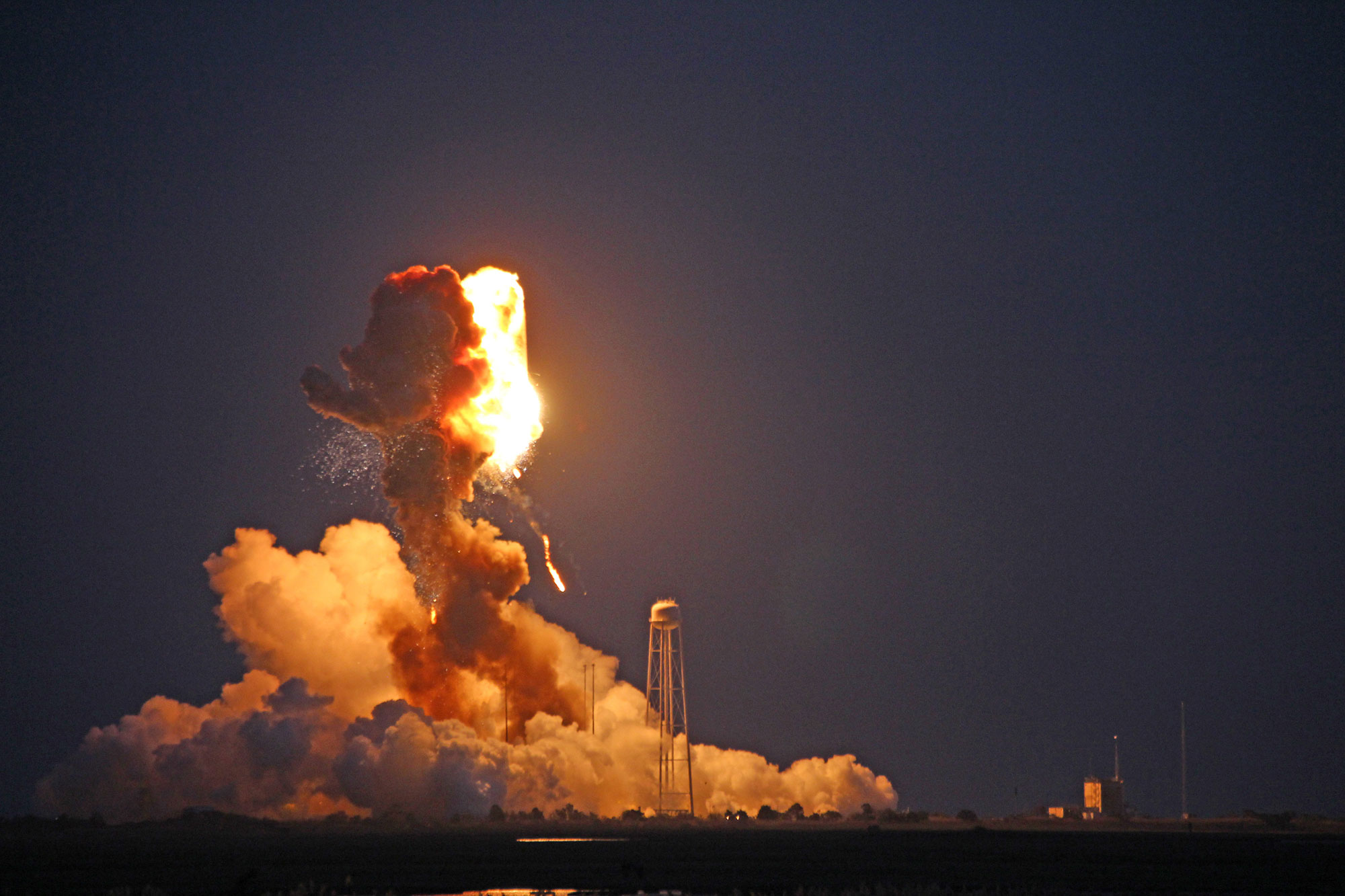 Orbital Sciences' Antares rocket explodes moments after blastoff from NASA's Wallops Flight Facility, VA, on the evening of Oct. 28, 2014. Credit: Ken Kremer